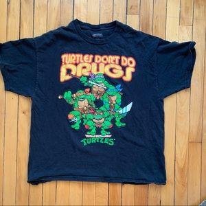 [vintage] • men's black ninja turtle t-shirt